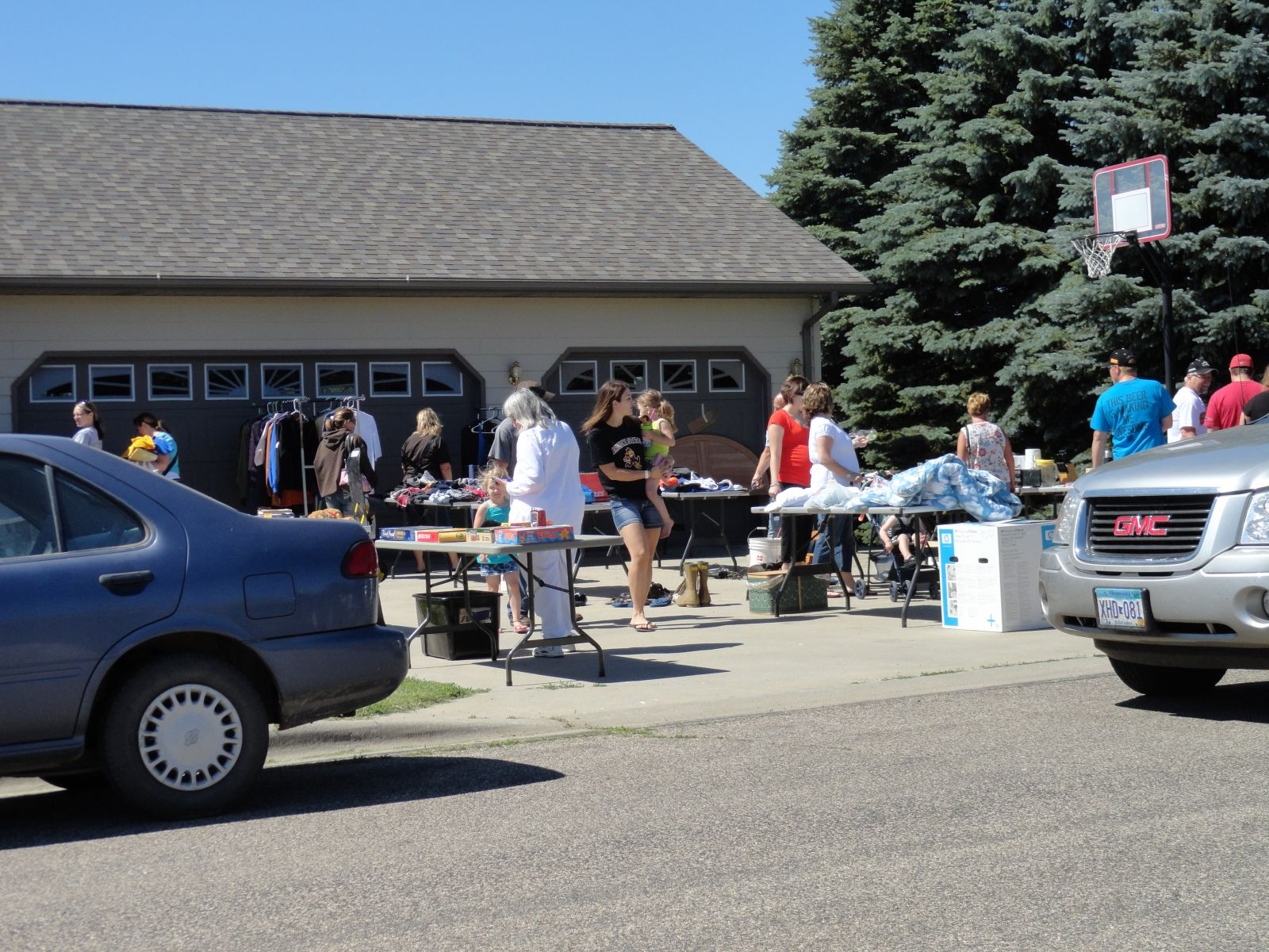 Thumbnail Image For 2020 Clear Lake City Wide Rummage Sales