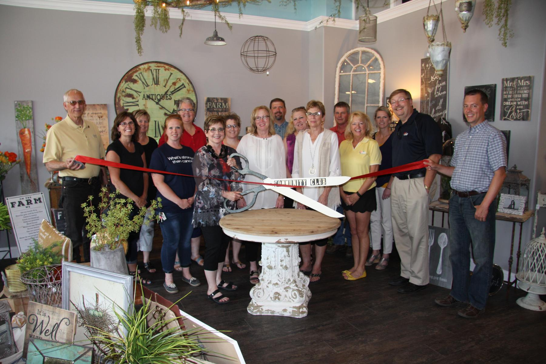 Florals and Finds Ribbon Cutting
